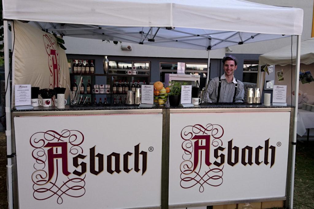 Cocktailservice mit mobiler Bar